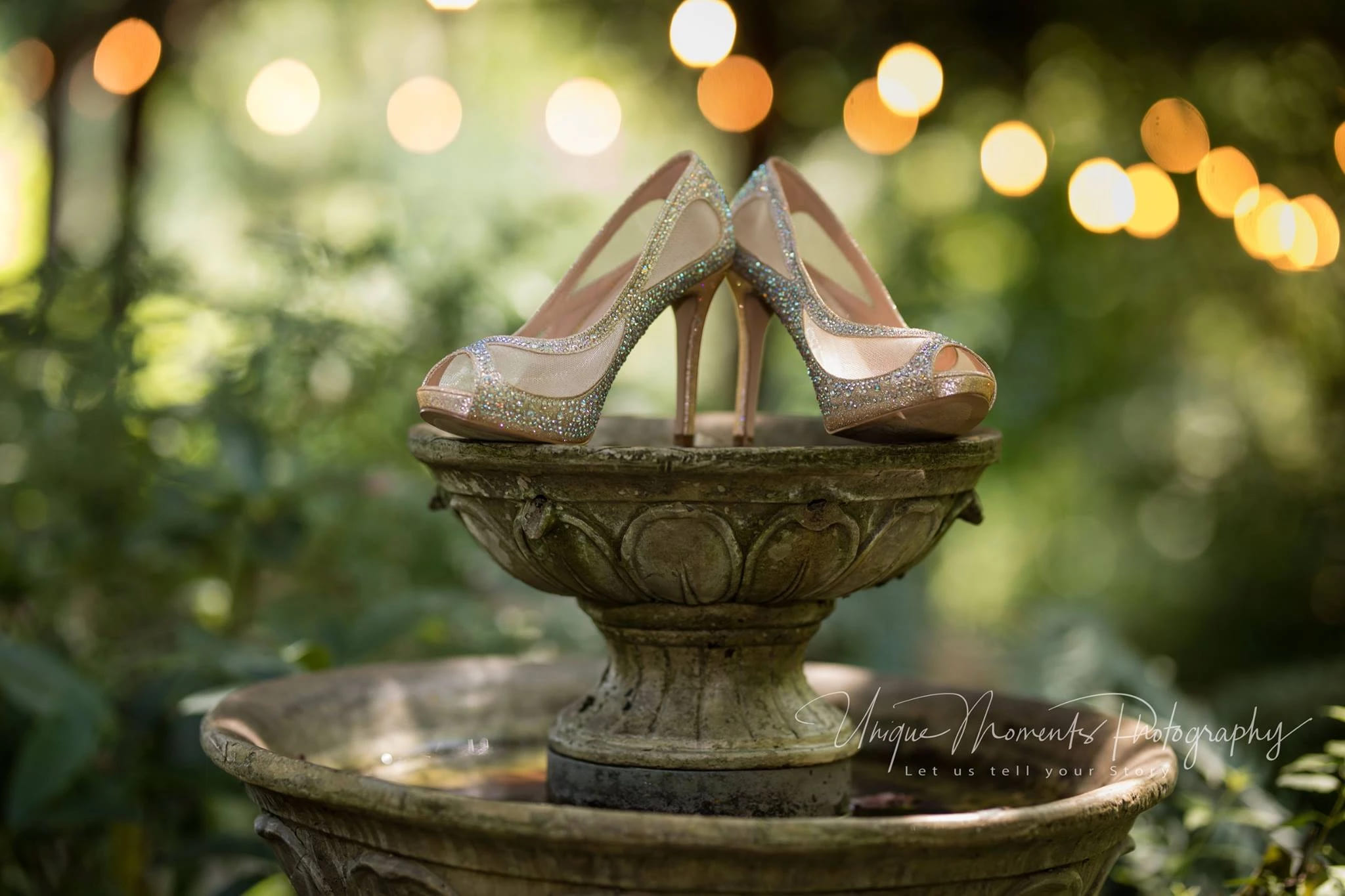 shoes on fountain